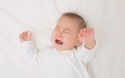 Alasan Bayi Menangis dan Cara Mengatasinya